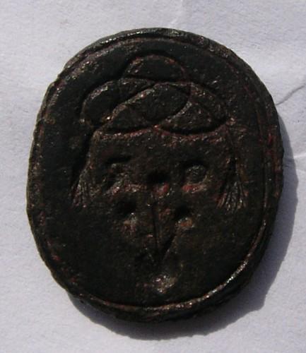 neuzeitliches Siegel, wohl um 1800, Blumen, die aus dem Herzen sprießen, Initialen, darüber Zierband