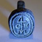 neuzeitliches Petschaft Segenszeichen / Hausmarke mit Initialen, um 1800, gespiegelt