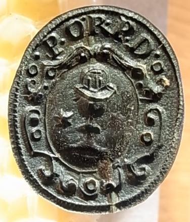 Siegelstempel aus der Zeit um 1800, im Rundwappen ein Pokal / Kelch und ein Stern darüber Initialen oder Kürzel, gespiegelt