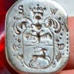 neuzeitlicher Siegelring mit Wappen und Initialen, silber
