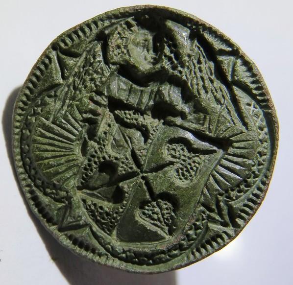 spätmittelalterliches Petschaft zeigt einen Engel, der ein Wappen hält, wohl 15.Jh.
