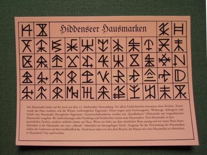 Hausmarken von Hiddensee auf einer Postkarte